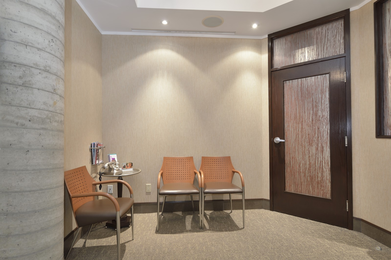 Waiting Area | Dentist North York, ON | Sari Novack Dentistry