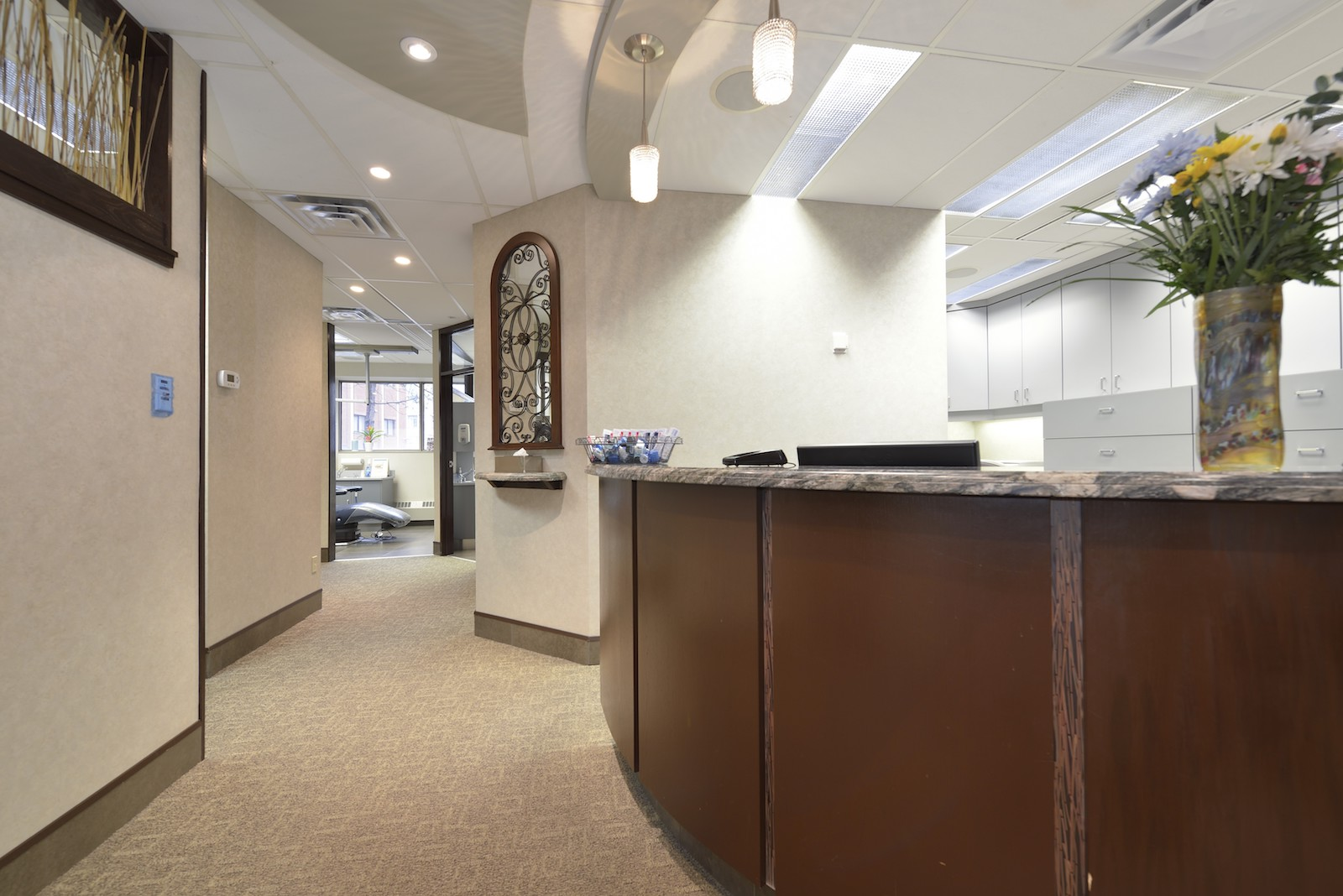 Front Desk | Dentist North York, ON | Sari Novack Dentistry